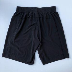 Lululemon men's large pace breaker black shorts